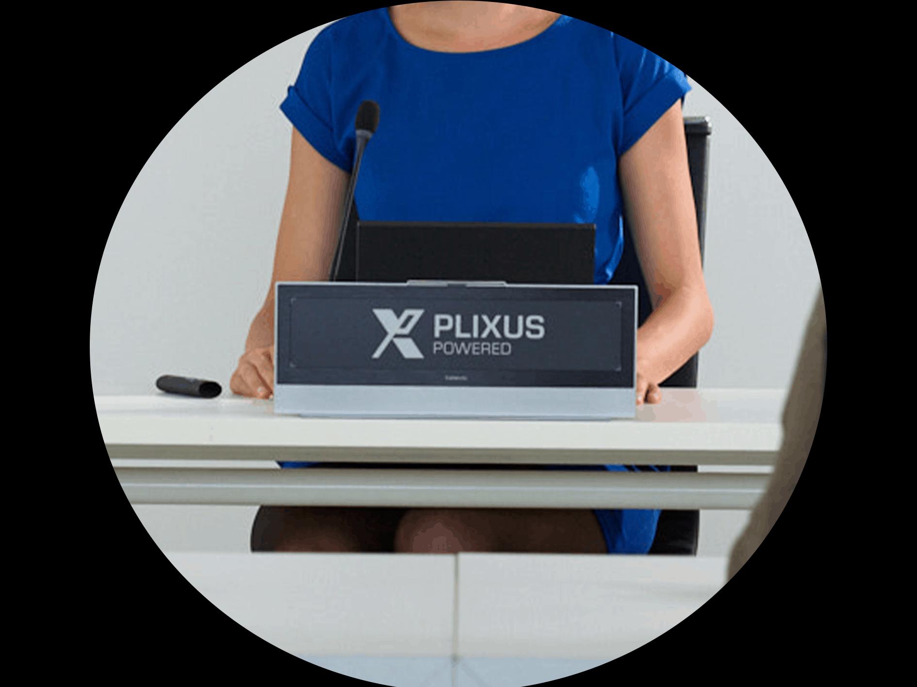 Plixus Nameplate - Televic Conference
