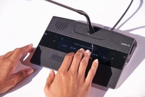 Poste de conférence filaire avec écran tactile Confidea FLEX - Televic